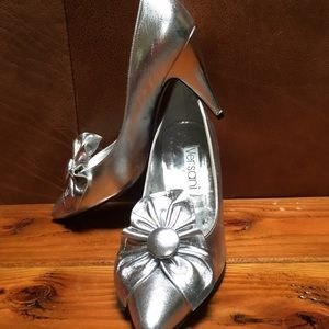 New silver evening ladies high heel shoes